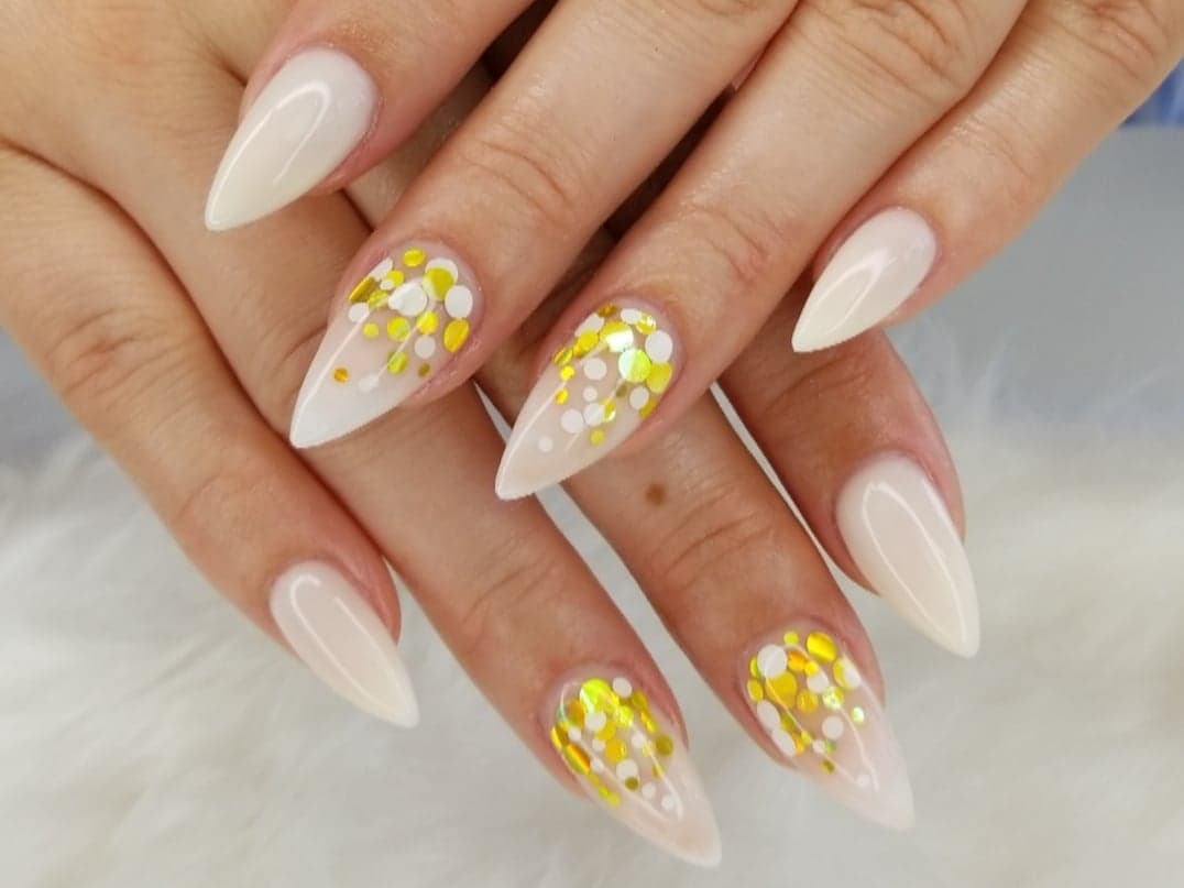 Stiletto Nail Shape, different nail shapes