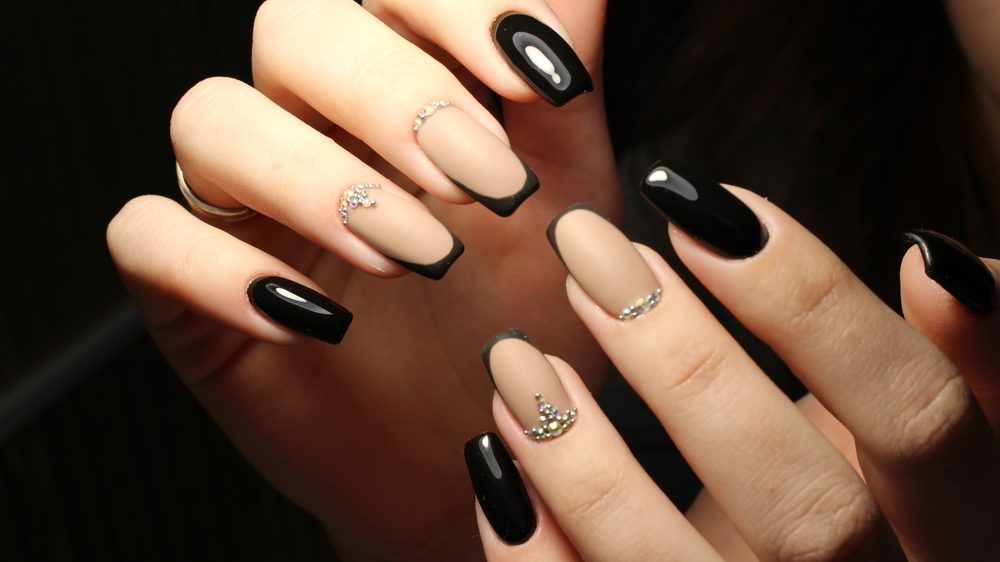 black french nail art