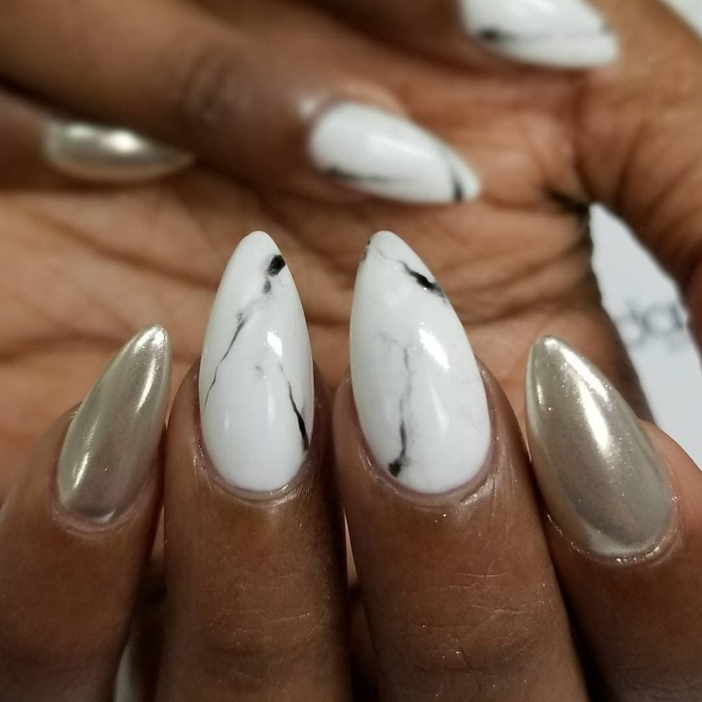 Metallics nails desings and pointy shape