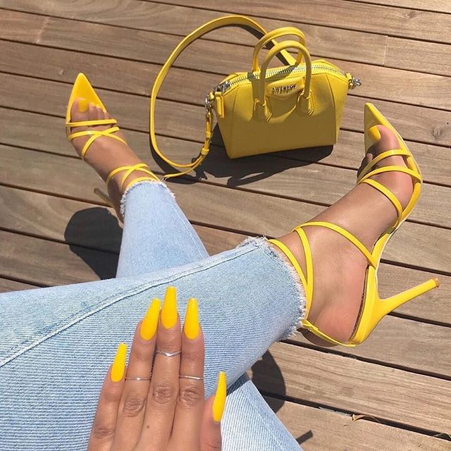 Yellow fashion nails