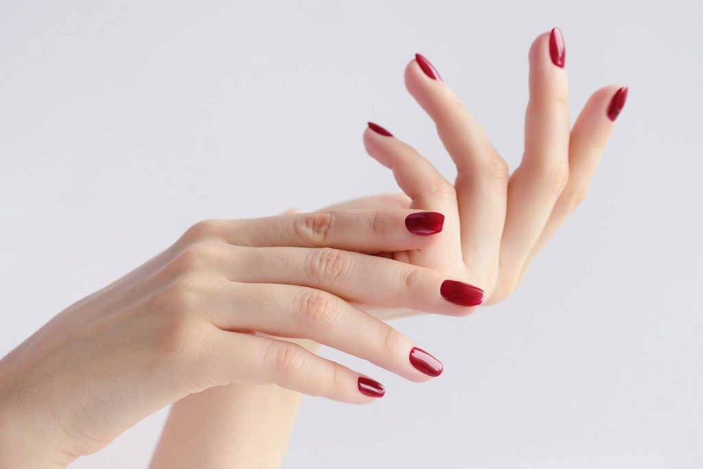 simple red gel manicures
