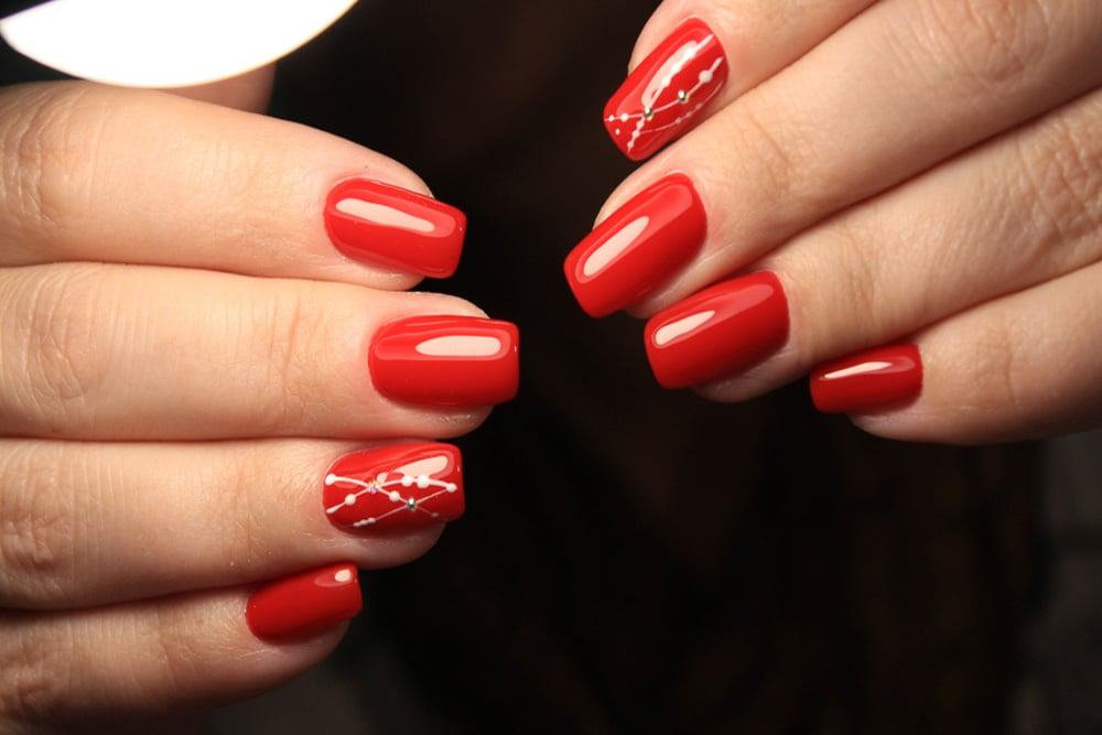 Oval red rectangular acrylic nails