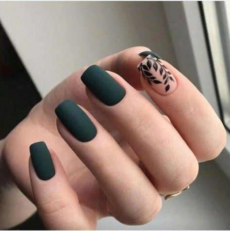 Beautiful Designs gel nail