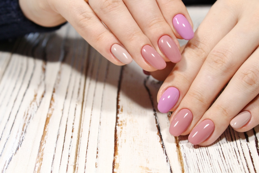 gel nails pastel color
