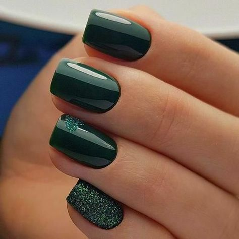 green gel nails